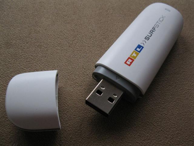 Huawei E173 RTL Internet Stick geöffnet